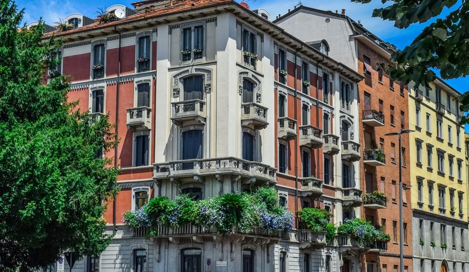 VISIT MILANO Milan Road