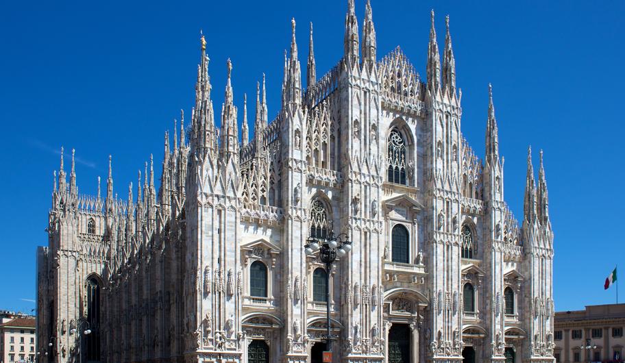 VISIT MILANO Duomo Catherdal