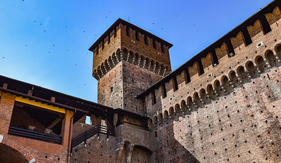 VISIT MILANO Sforza Castle